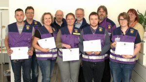 Foto: Die Kursteilnehmer mit Ausbildungsleiter und Vorstandsmitgliedern